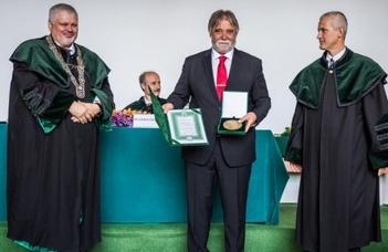 Bocskai István-díjat kapott Mezey Barna