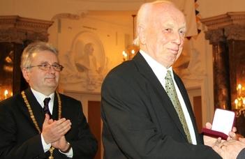 Tíz éve hunyt el Mádl Ferenc professzor (Válasz Online)
