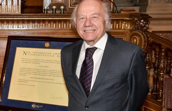 Vékás Lajos a Bécsi Egyetem díszdoktora lett