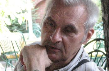 Elhunyt Vavró István